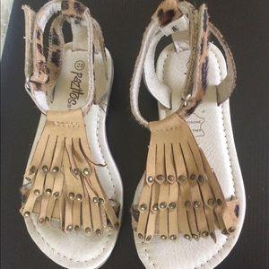 Pazitos Girls sandals